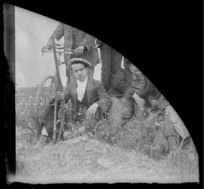 Retrato de cazadores en el campo