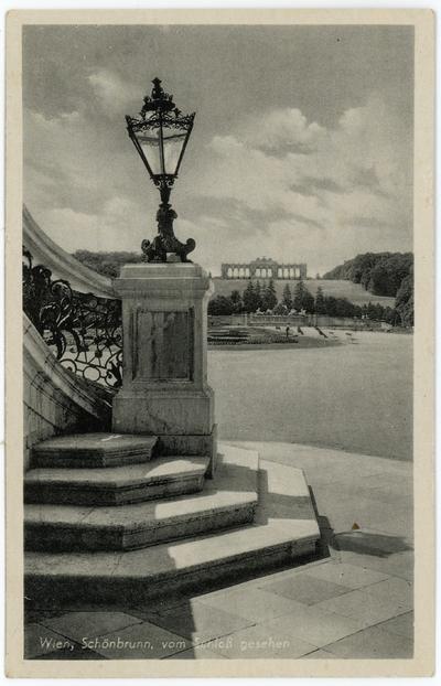 Wien, Schönbrunn, vom Schloß gesehen