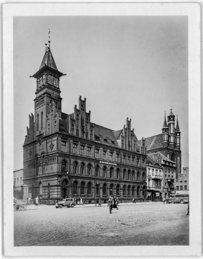 Budynek Poczty Głównej w Toruniu