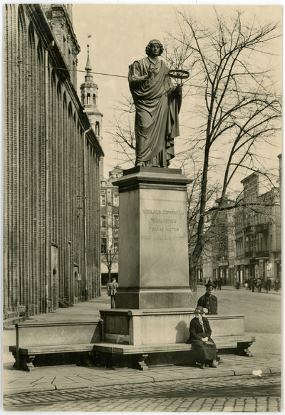 Thorn. Copernicus Denkmal