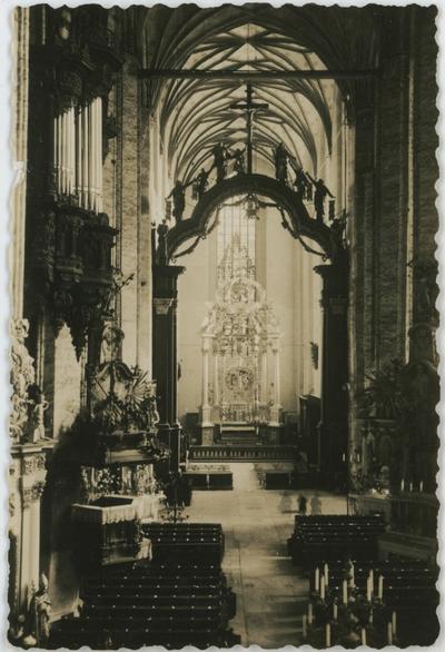 Wnętrze kościoła Wniebowzięcia Najświętszej Marii Panny w Toruniu
