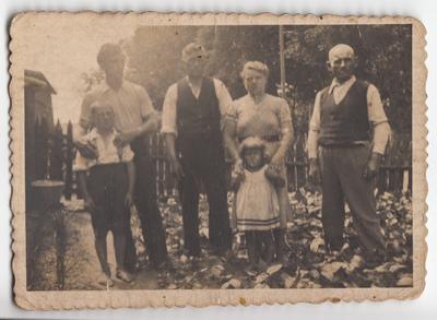 Portret rodzinny w plenerze