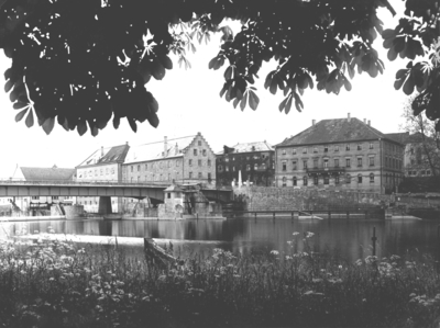 Staustufe Schweinfurt/Main
