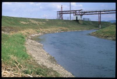 Verladeanlage am Oberrhein