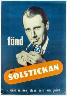 Tänd med Solstickan - sprid solsken bland barn och gamla (man tänder cigarett)