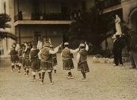 Ball de la Primera. Dansa de gràcia infantil