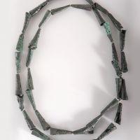 Collar de bronce procedente del Túmulo C de la necrópolis ibérica de La Noria (Fuente de Piedra, Jaén, España)