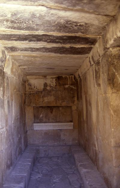Cámara funeraria de Toya (Peal de Becerro, Jaén, España)