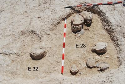 Estructuras riruales E28 y E32 de la necrópolis del Cerro de los Vientos (Baeza, Jaén, España)