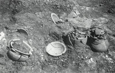 Conjunto cerámico encontrado en la necrópolis de La Bobadilla (Alcaudete, Jaén, España)
