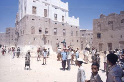 Pier Paolo Pasolini. Il fiore delle mille e una notte. 1974 / Sud Yemen: Saiun Hadramaut, sul set delle 1000 e 1 notte