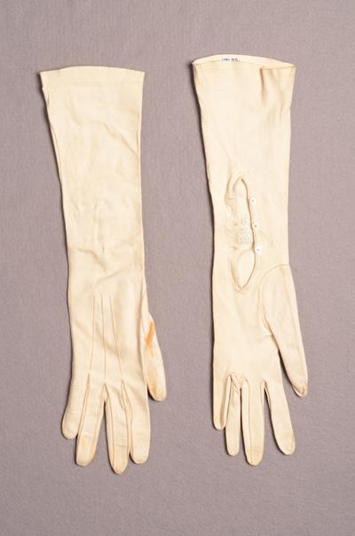 Paar dameshandschoenen