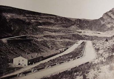 Paso del Cabriel, carretera de Madrid a Valencia por las Cabrillas