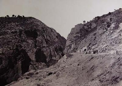 Túnel de los Almadenes, ferrocarril de Albacete a Cartagena