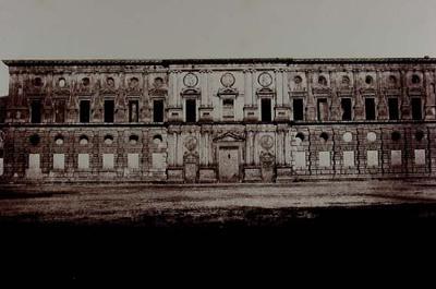 Grenade. Alhambra. Palais construit par Charles-Quint dans l´enceinte de l´Alhambra