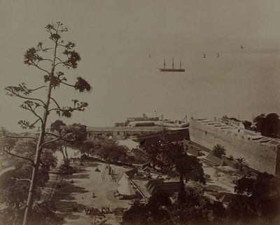 Gibraltar. Bajada al Ragged-Staff. Fotografía antigua