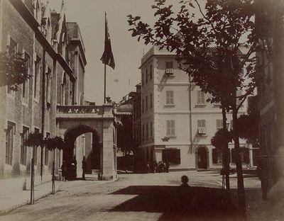 Gibraltar. Palacio del Gobernador. Antiguo convento de San Francisco