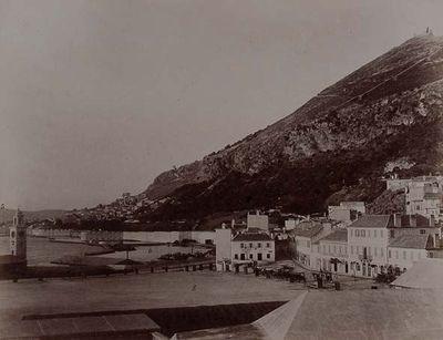 Gibraltar. Plaza del muelle nuevo