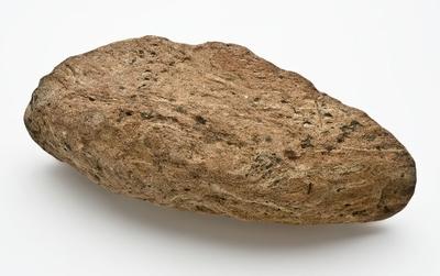 Fragmenten van aardewerk dompers of dovers, versierd in kerfsneetechniek
