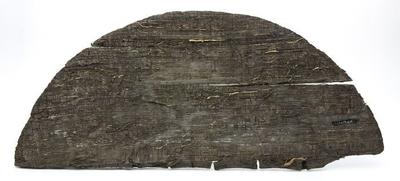 Twee halve houten tondeksels van eikenhout
