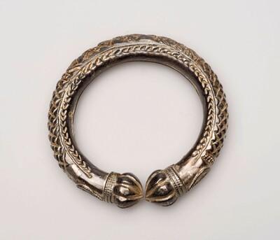 Zilveren holle armband