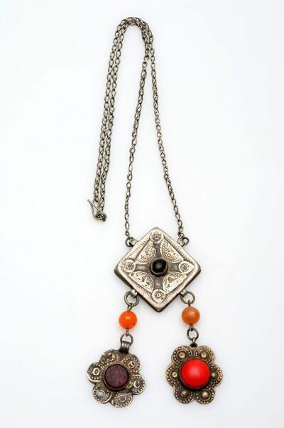 Halsketting met amuletdoos voor vrouw of kind