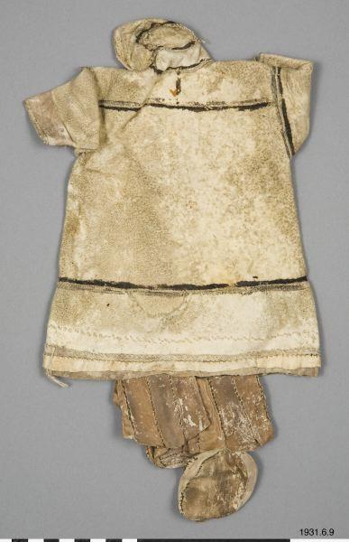 dockdräkt, dress for doll