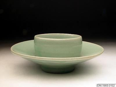 Koppställ, Husgeråd, Kopphållare i keramik med celadonglasyr, Cup stand, Household utensil