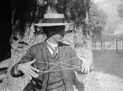 hupaindian, trådfigur, man, träd, fotografi, photograph@eng