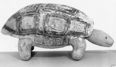 landsköldpadda, leksak, lergods, föremålsbild, fotografi, photograph@eng