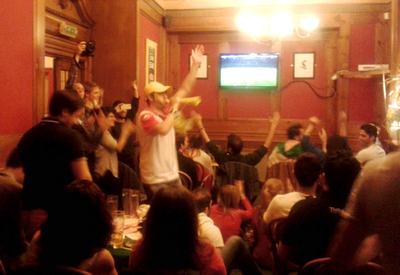 Iranian football fans in London