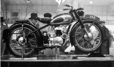 Sparta motor. Haselaar De Kolff, rijwielen en motoren, Scheveningen