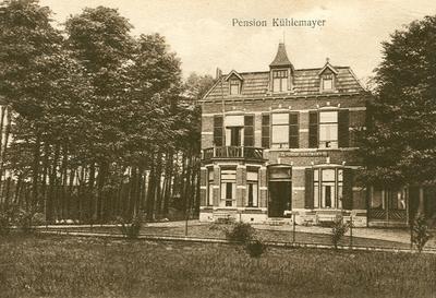 Pension Khlema er, gevestigd in villa 'Bella Sita'. Deze villa is ook in gebruik geweest als jeugdherberg (1936o 1940) en als woning van de Geneesheerodirecteur van het Sanatorium Berg en Bosch