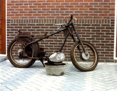 Frame Sparta motorfiets, gestript. Zie ook Po006891C