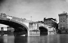 Ponte a Santa Trinita —