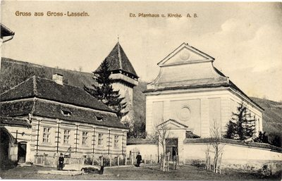 Gruss aus Gross-Lasseln. Ev. Pfarrhaus u. Kirche. A. B.[Sibiu - Laslea Mare]