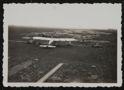 Aircrafts at Pontedera (Pisa) airport | Velivoli presso aeroporto di Pontedera (Pisa)