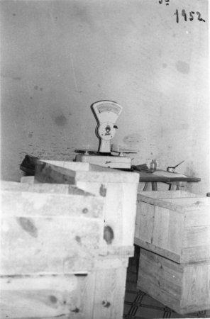 Pastas la Ideal. Bàscula antiga de la fàbrica de pastes