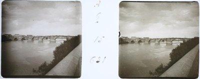 Pont sobre el riu Ebre.