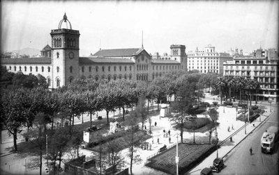 Plaça Universitat de Barcelona.