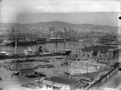 Vista  del Port de Barcelona