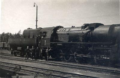 Lata 60. Parowóz Ty2-877 na stacji Węgliniec