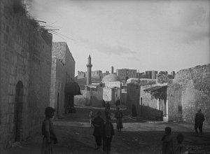 Aleppo, Blick auf Moschee und Burg im asiatischen Viertel