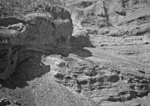 Felsenlandschaft mit Höhlenwohnungen