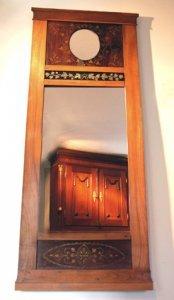 Wandspiegel aus dem Biedermeier