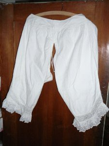 lange Mädchenunterhose