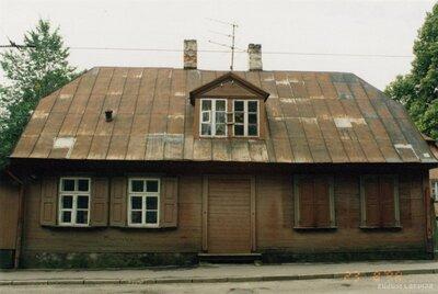 Rīga. Ēka Friča Brīvzemnieka ielā 14/16