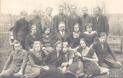 Ķeipenes, Madlienas skolnieki