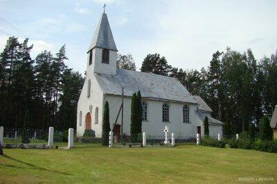 Varnaviču katoļu baznīca
