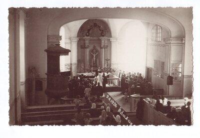 Kāzu ceremonija Ādažu baznīcā